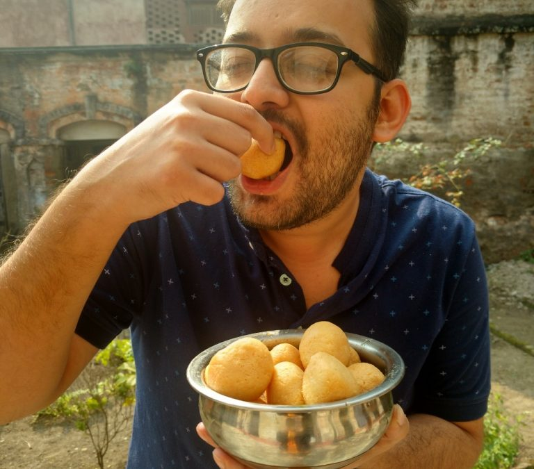 Kolkata Famous Food: Eating out in the City of Joy